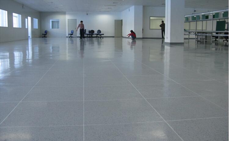 片材型地板